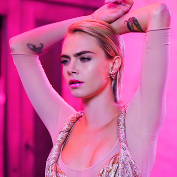 Cara is Addicted to Pink
