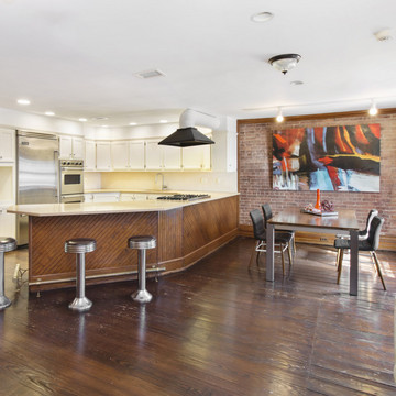 Chris Rock Is Selling His Brooklyn Carriage House
