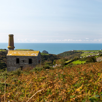 Secluded Cornwall Cabins Experiment with Design