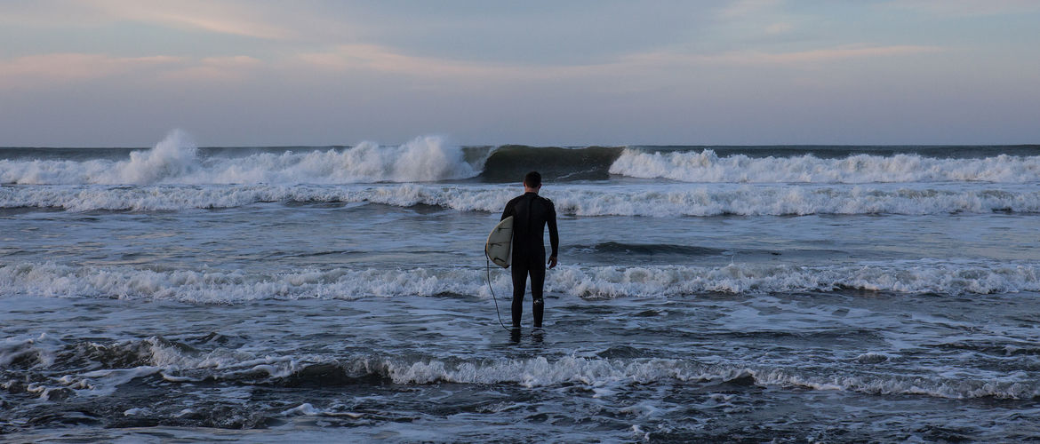 A Guide to Cold Water Surfing