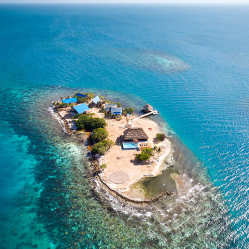 8 Photos of an Affordable Private Island Getaway
