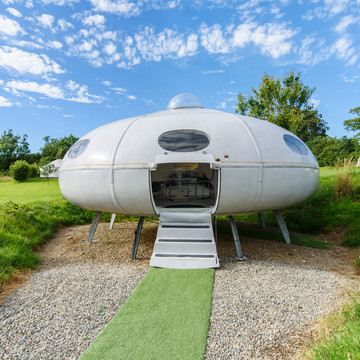 Space-Themed Airbnbs for the Quirky Vacationer