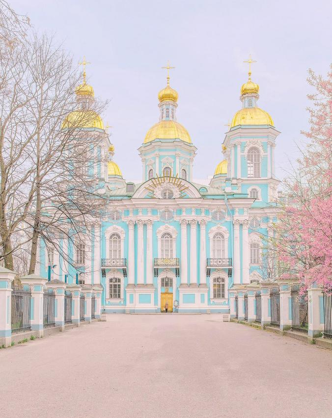 CANDY-COLORED PASTEL TRAVEL PHOTOGRAPHY