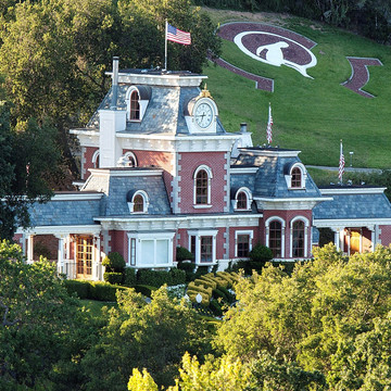 Inside the King of Pop's Iconic, Extravagant Estate